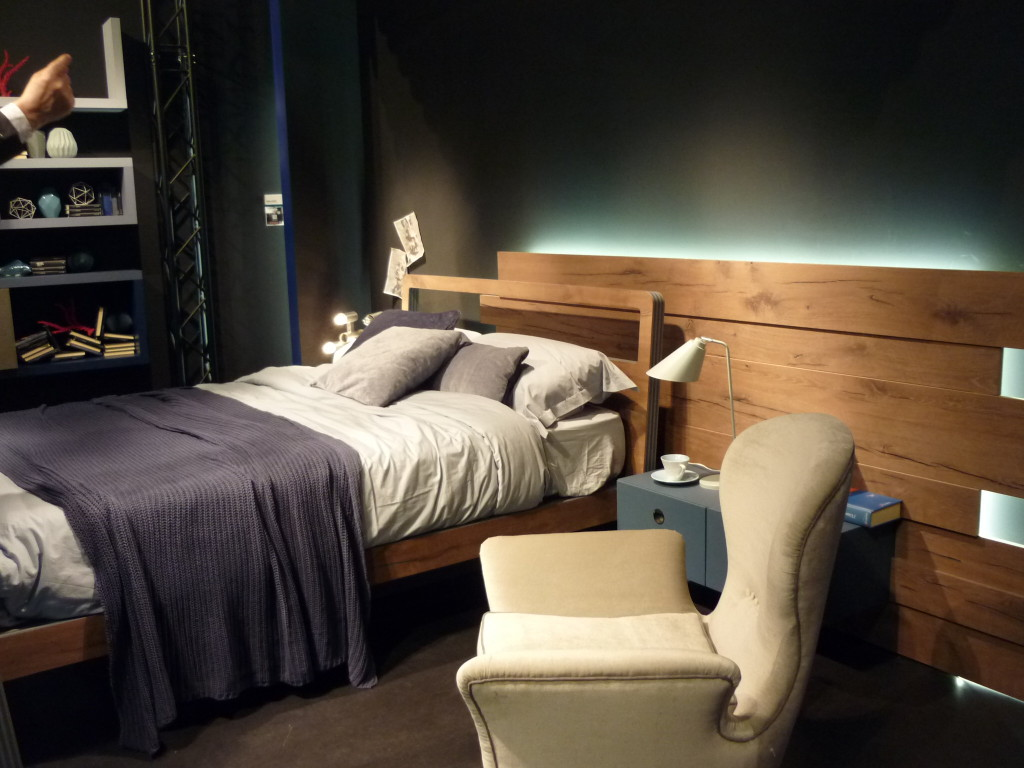 salone del mobile letto legno Fimar