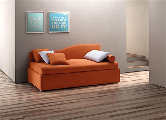 divano letto spalliera sagomata