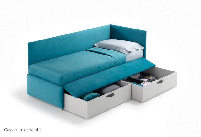 divanetto con cassettoni estraibili